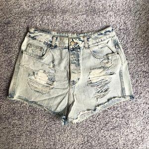 Denim High Waist distressed Shorts